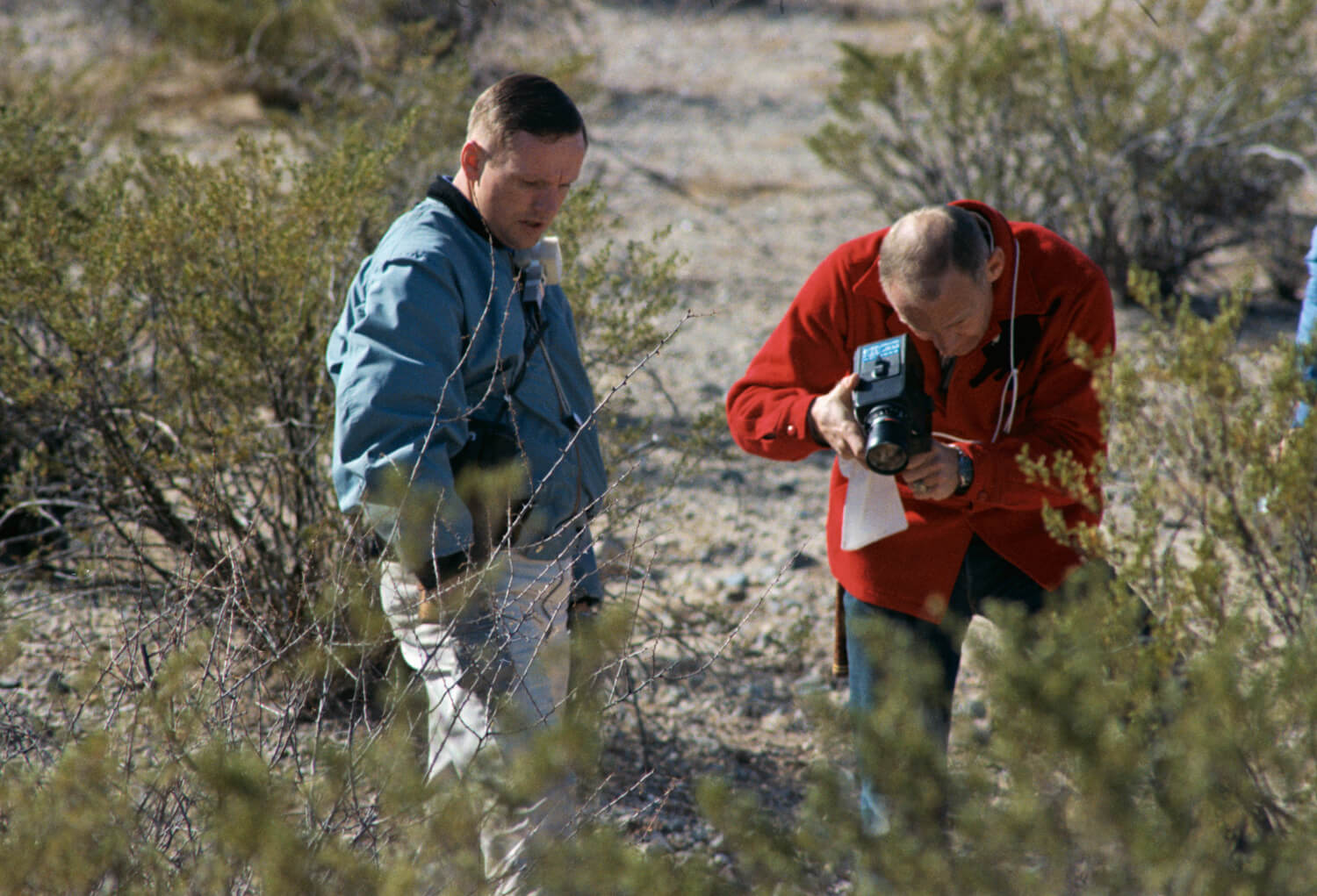 Neil and Buzz document a sample during a field trip at Sierra Blanca in west Texas (Nasa: AP11-S69-25908)