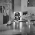 5 frames… of people with FujiFilm Velvia 50 and Rolleiflex 2.8GX – by Aivaras Sidla