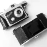 5 Frames… On a Finetta IV D and Kodak Gold 200 (35mm Format / EI 200 / Anastigmat Finetar 1 5/8″ f/4) – by Garrison Way