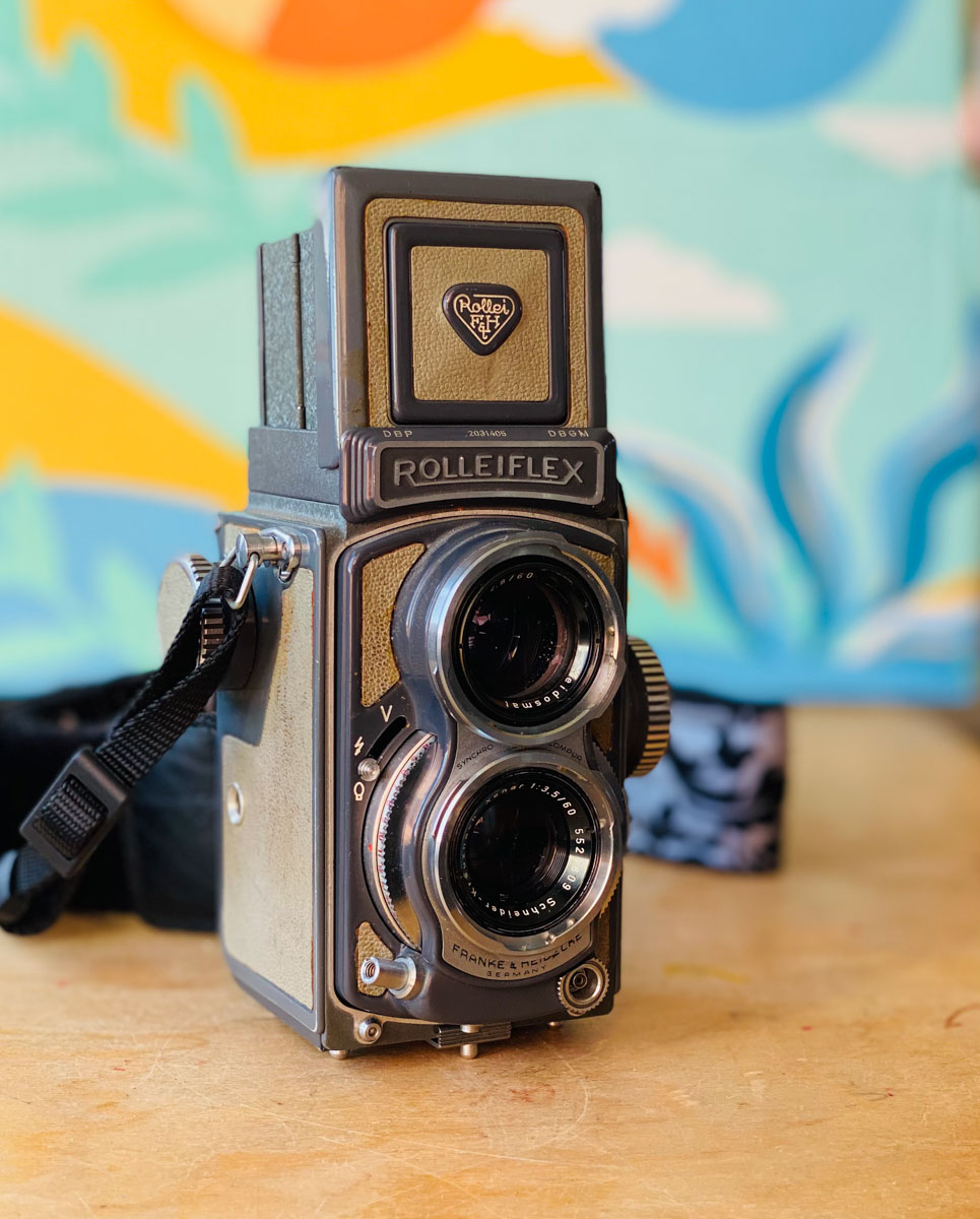 Automatic Rolleiflex 4x4 - Front Right