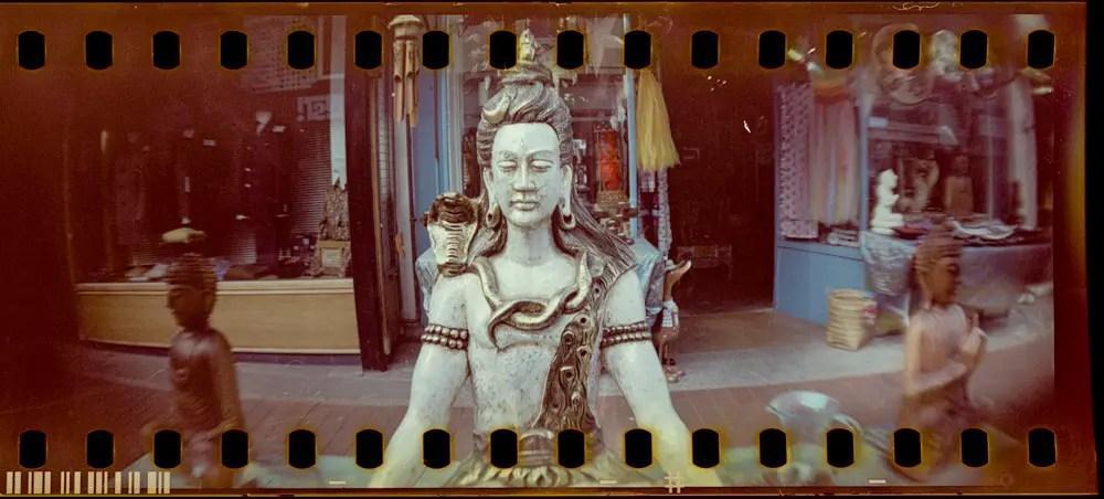 5 Frames of Kodak VISION3 500T 5219 developed in RA-4 chemistry (35mm Format / EI 500 / Lomography Sprocket Rocket) - by Steve Jones