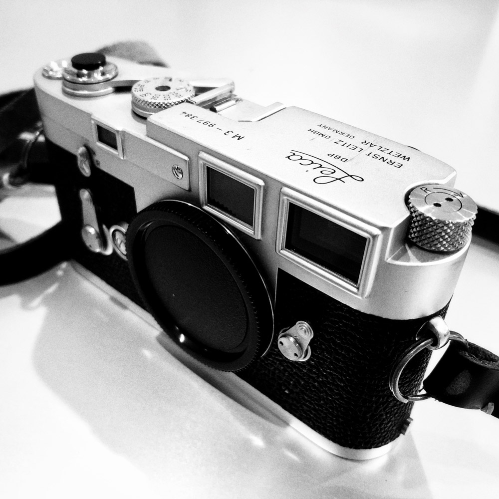Leica M3 - Front
