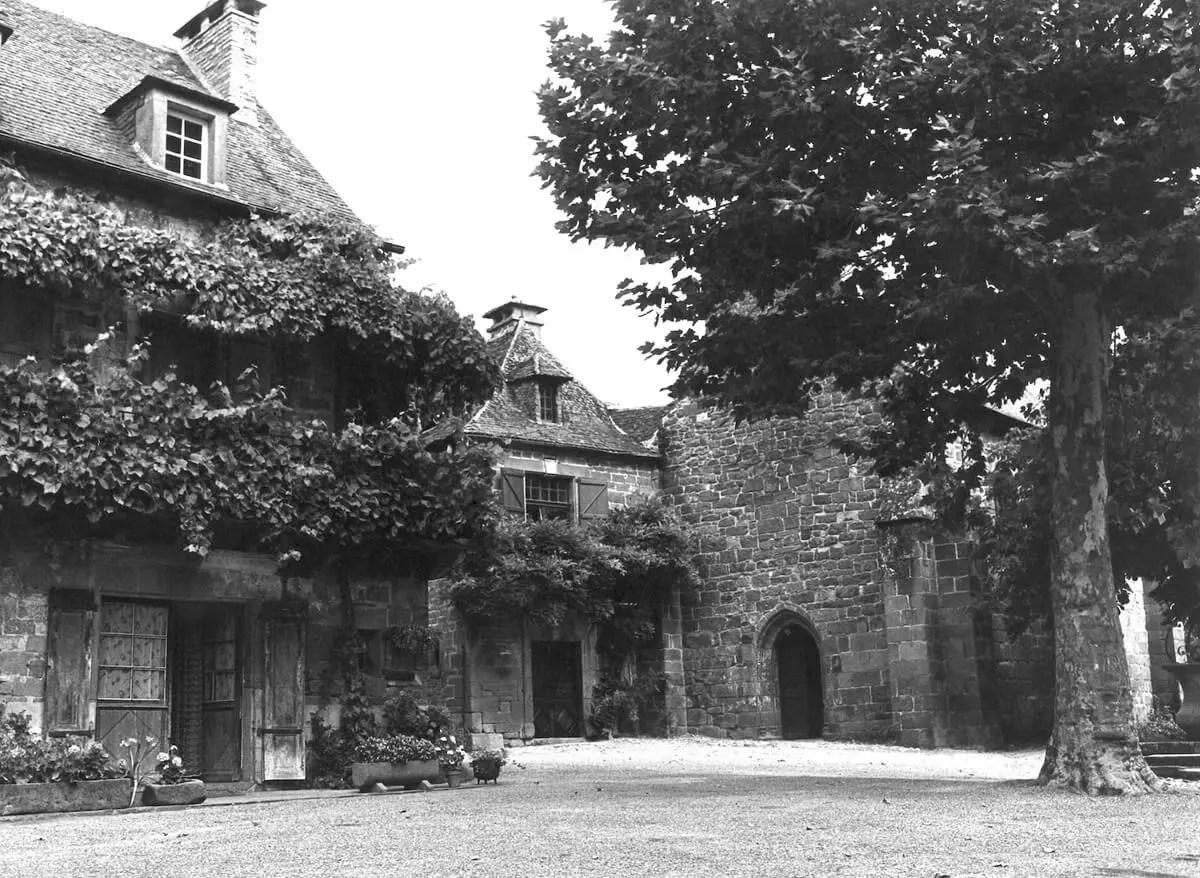 1981 - Village scape