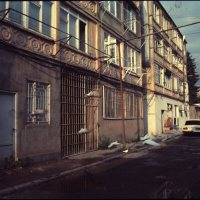 5 Frames... Of expired Jessops CS100 in Vanadzor, Armenia (EI 100 / 35mm Format / Mamiya ZM + Osawa 28mm f/2.8) - by Norayr Chilingarian