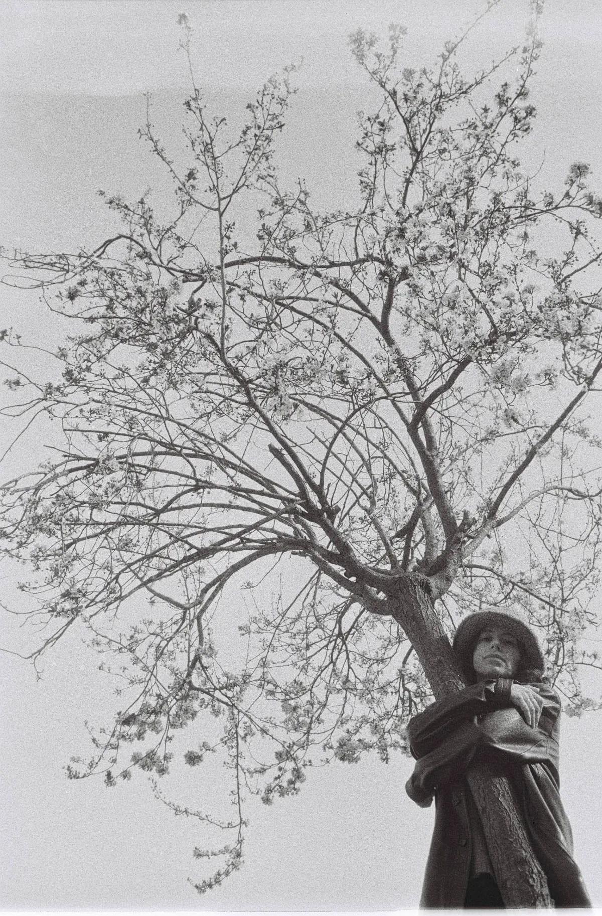 dubblefilm DAILY Black & white - Carla