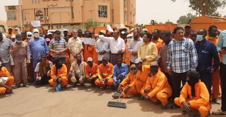 Photo of Sabha Cleaning employees suspend work due to city's 'security conditions'