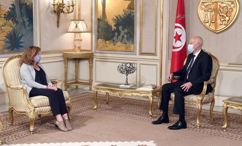 Photo of UN Acting Envoy and Tunisian President discuss Libya