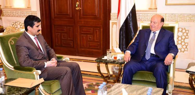 President Hadi directs taking care of National Army's soldiers wounded in different fronts