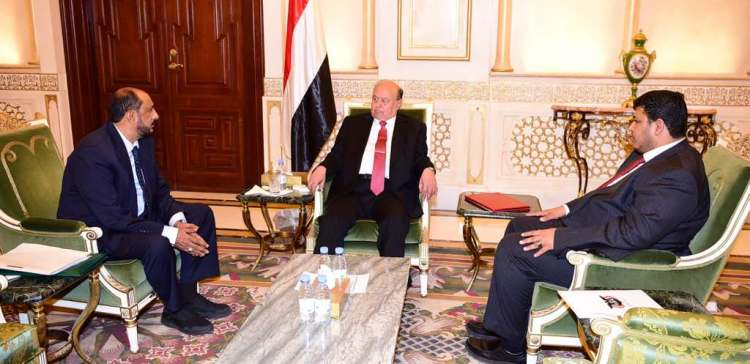 President emphasizes on basic services supply in Mahrah