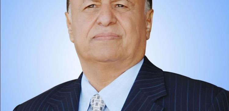 President Hadi praises advancements by military and local fighters in Taiz fronts.