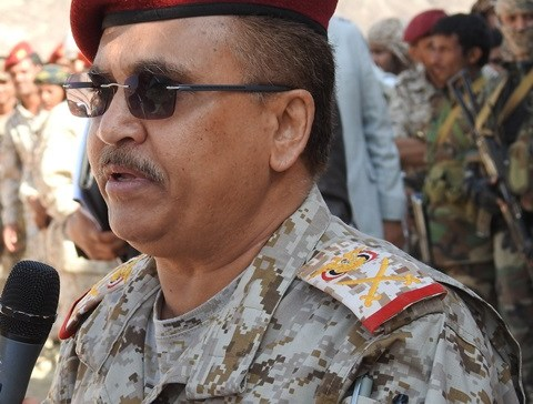 Major General Al-Kumayri on the front lines  of Nihm front