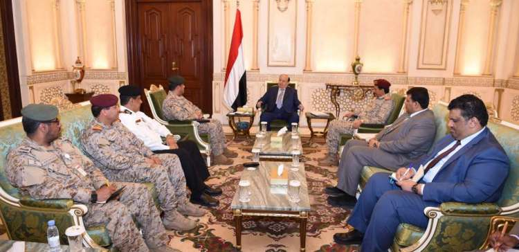 Hadi receives feedback from Saudi-Yemeni panel overseeing Socotra re-normalization
