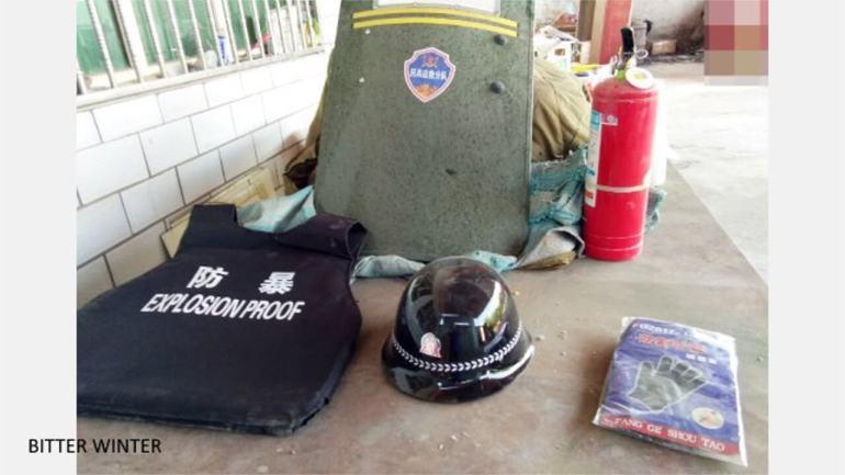 Authorities Force Han Chinese in Xinjiang to Buy Riot Control Gear