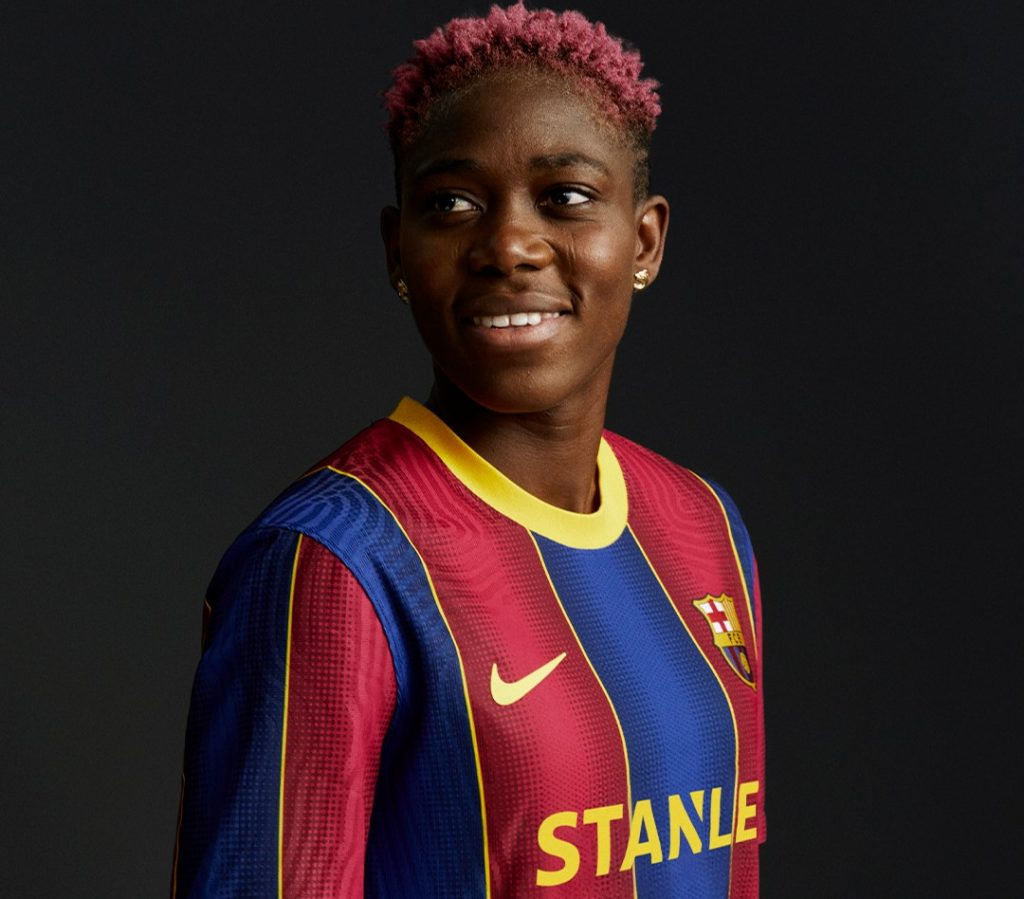 Asisat Oshoala shows off with Barcelona 2020/21 home kit