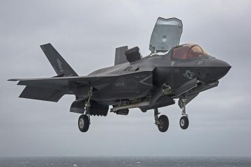 USMC F-35B Us Marine Corps on USS Wasp