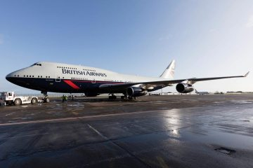 British Airways 747 in Landor special livery for centernary