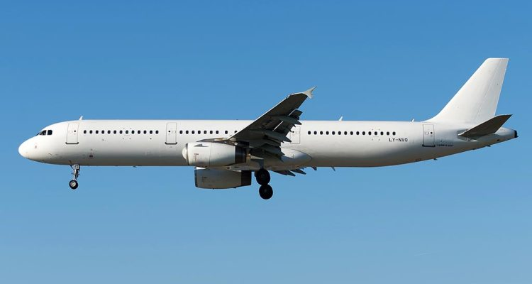 Avion Express Airbus A321 LY-NVQ