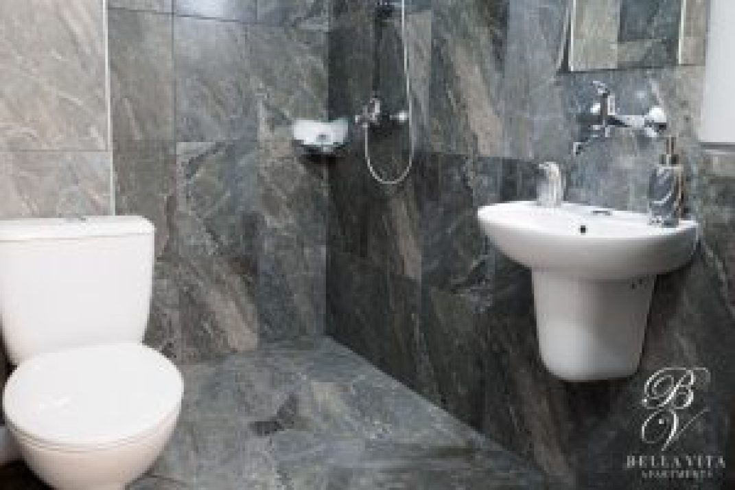 Luxury Bathroom Short Term Rentals Blagoevgrad Bulgaria Downtown