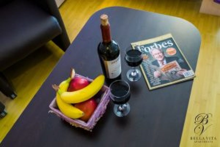 Stylish Dining Table in Apartment for Rent in Blagoevgrad Bulgaria Budapest