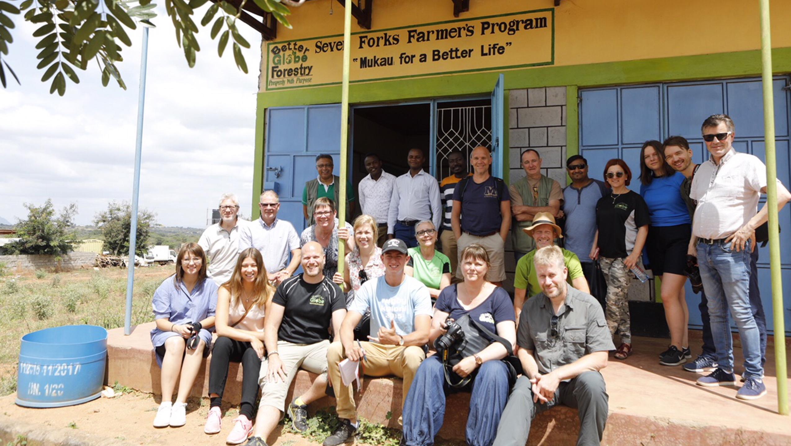 20 customers visiting Kenya right now