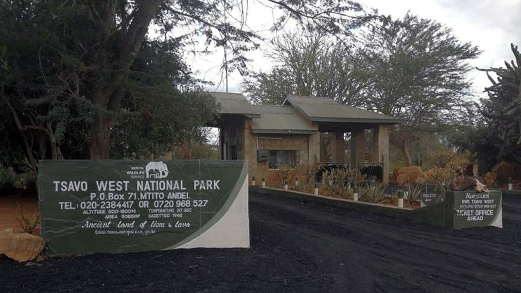 Entrance to Tsavo national park. 180630