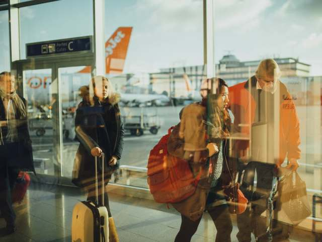 7 Useful Airport Apps to Make Your Flight More Bearable