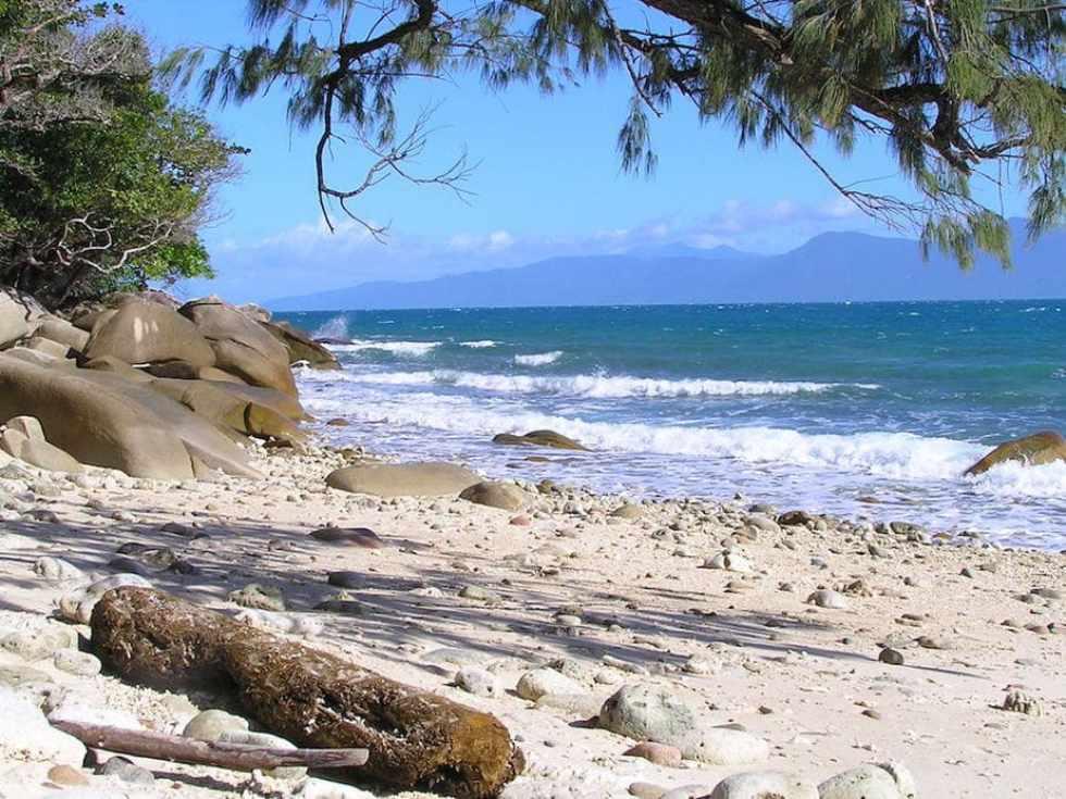 Great Barrier Reef Tours: Fitzroy Island