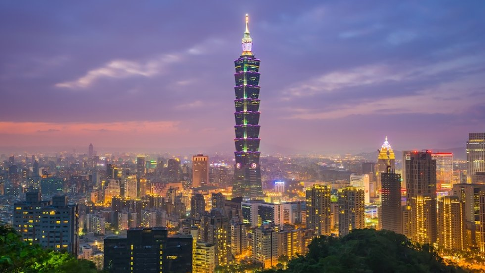 Christmas Vacation Ideas for Couples: Taipei, Taiwan