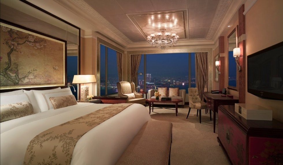 Most Popular Hong Kong Island Hotels: Island Shangri-la Hotel