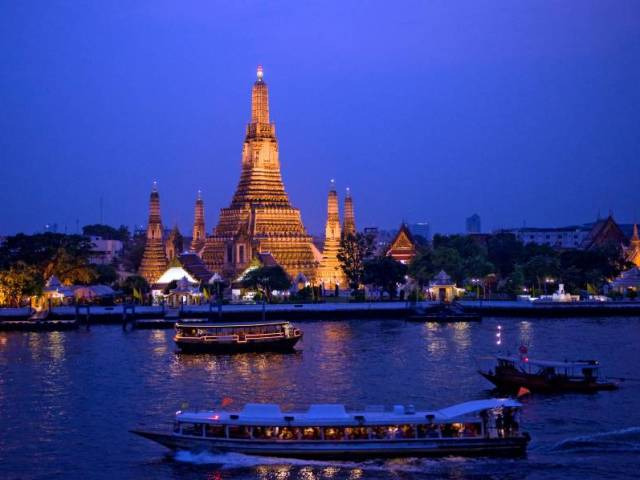 Bangkok City Guide: Chao Phraya River Cruise and Riverside Attractions