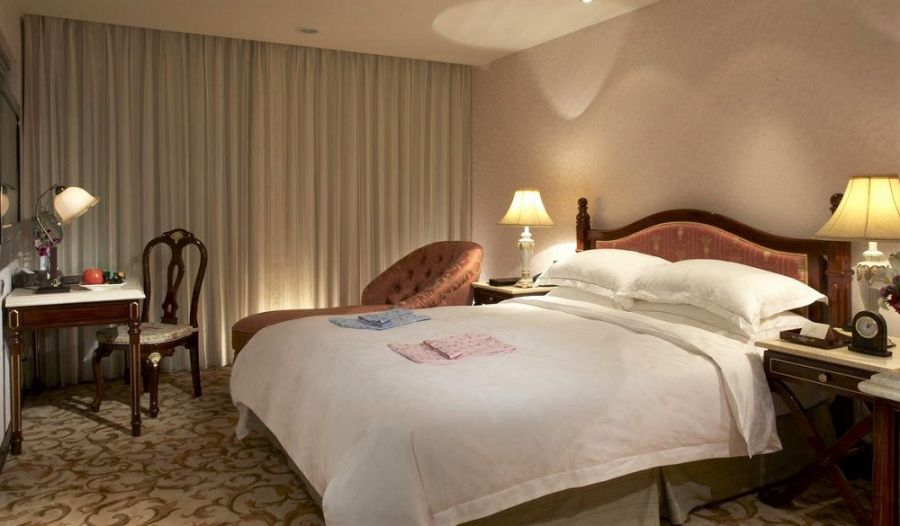 Taiwan Holiday in Spring: Top Activities, Sights & Hotels (Royal Seasons Hotel Hot Spring Beitou)