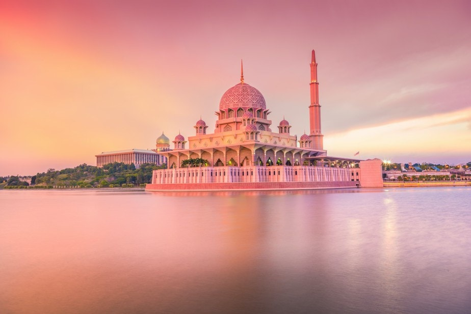 Fascinating Floating Mosques in Malaysia