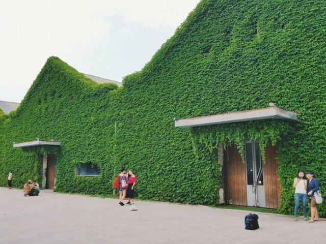 Exploring Huashan 1914 Creative Park
