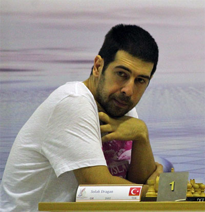 Dragan Solak Wins 17th Dubai Open ChessBase