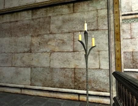 Leaf-blade Candlestand