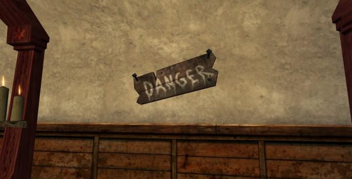 Sign: Danger !