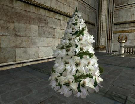 White Poinsettia Yule Tree