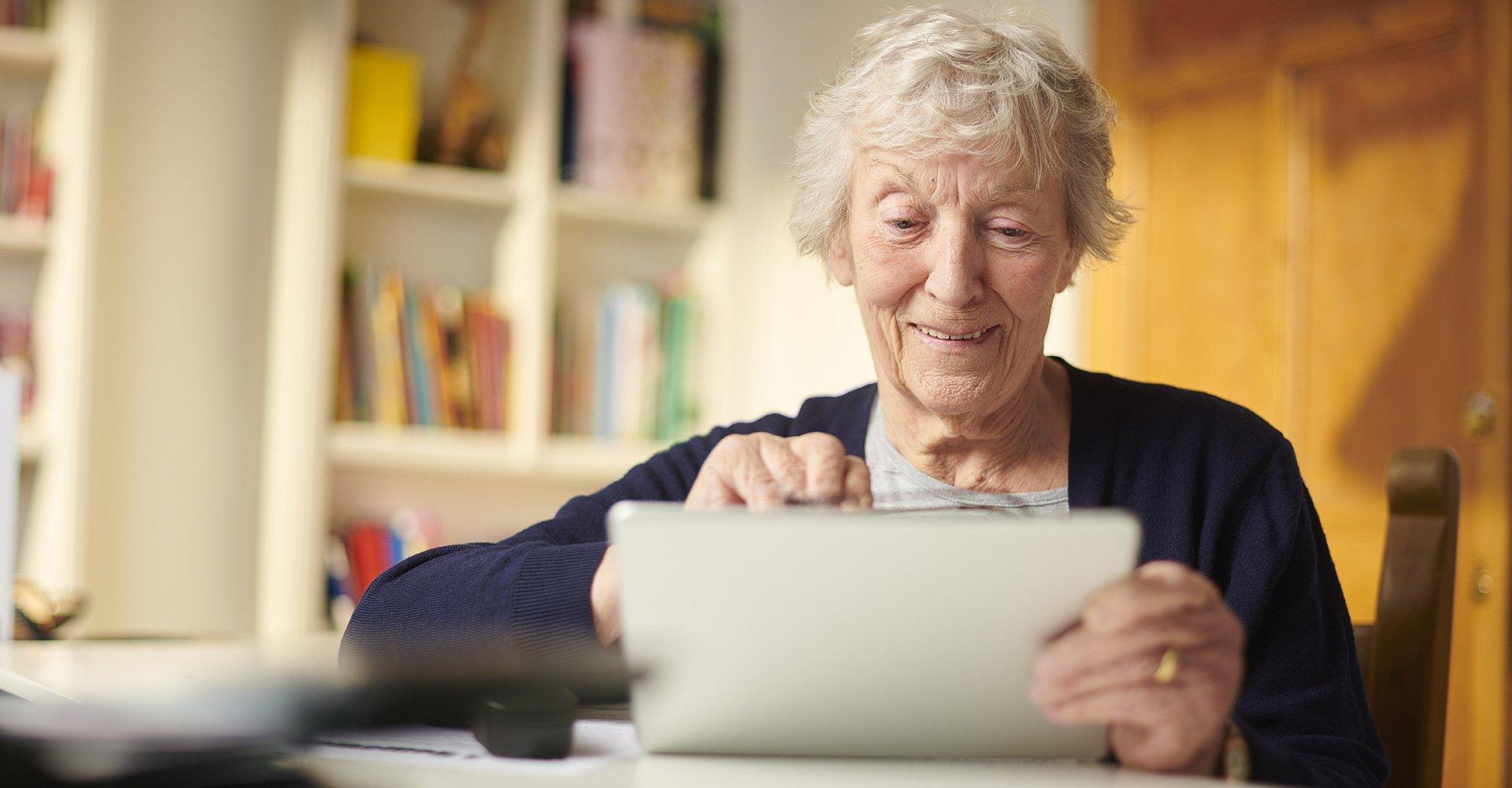 Elders And Digital Burden Fears | Avast