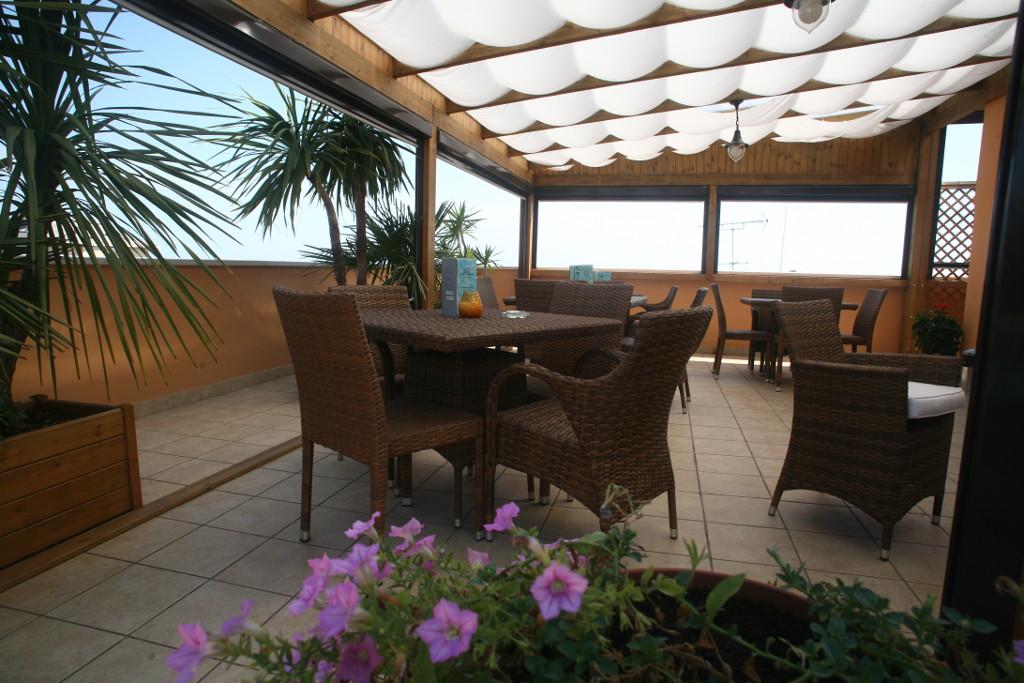 panoramic-balcony-hotel-victoria