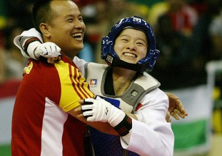 2011-05-03_(2295)x_PhotoWTF_Gyeongju_taekwondo_Day2_01