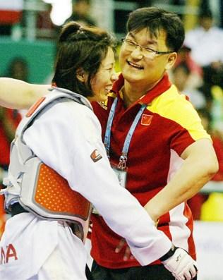 2011-05-04_(2338)x_PhotoWTF_Gyeongju_taekwondo_Day4_06