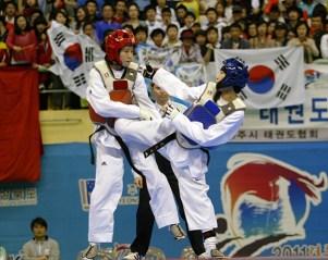 2011-05-05_(2360)x_PhotoWTF_Gyeongju_taekwondo_Day5_04