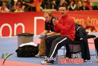 2011-11-28_(3448)x_Juan-Moreno_Taekwondo_USA_00