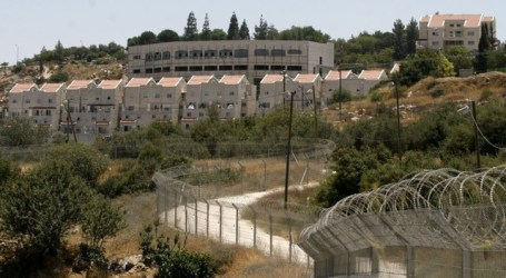 FRANCE WARNS FIRMS DOING BUSINESS IN ZIONIST ISRAELI SETTLEMENTS
