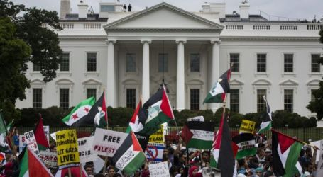 THOUSANDS OF AMERICANS RALLY AGAINST ISRAEL OUTSIDE WHITE HOUSE