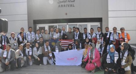 SOLIDARITY DELEGATIONS DENIED ENTRY TO GAZA: PALESTININAN OFFICIAL