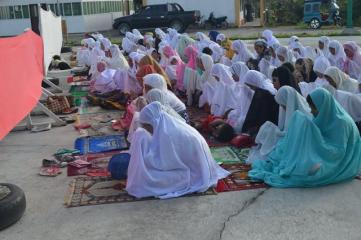 PHILIPPINE'S ARMY OPENS CAMP TO EID'L ADHA CELEBRATION