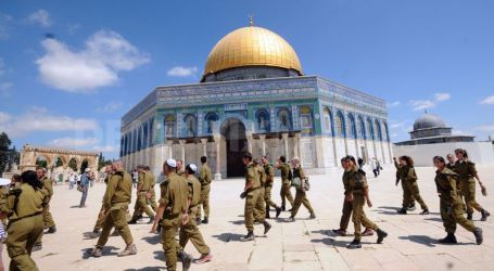PALESTINIANS WARN OF PROJECTED ISRAELI ATTEMPTS TO DESTROY AL-AQSA