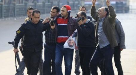 DOZENS KILLED AT EGYPT REVOLUTION ANNIVERSARY PROTESTS