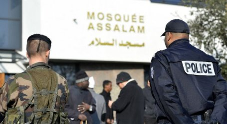 FRENCH GOV'T PLANS DIALOGUE WITH MUSLIMS